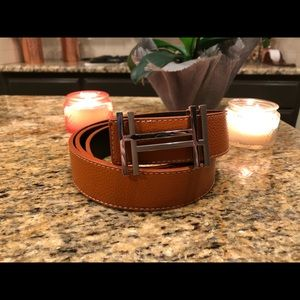 H au Carre belt buckle & Reversible leather strap